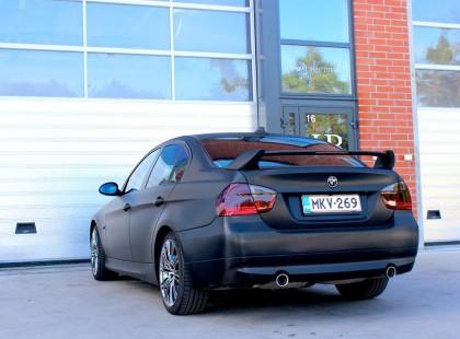 Autoteippaus, ikkunatummennus bmw
