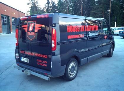 autoteippaus ikkunatummennus pakettiauto